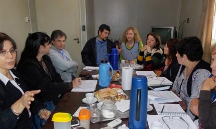 Canut trabaja para que las escuelas reciban fondos provinciales para obras
