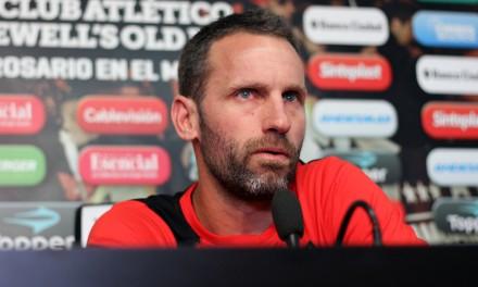 Central buscará consolidarse, Newell's confirmar a Lucas Bernardi