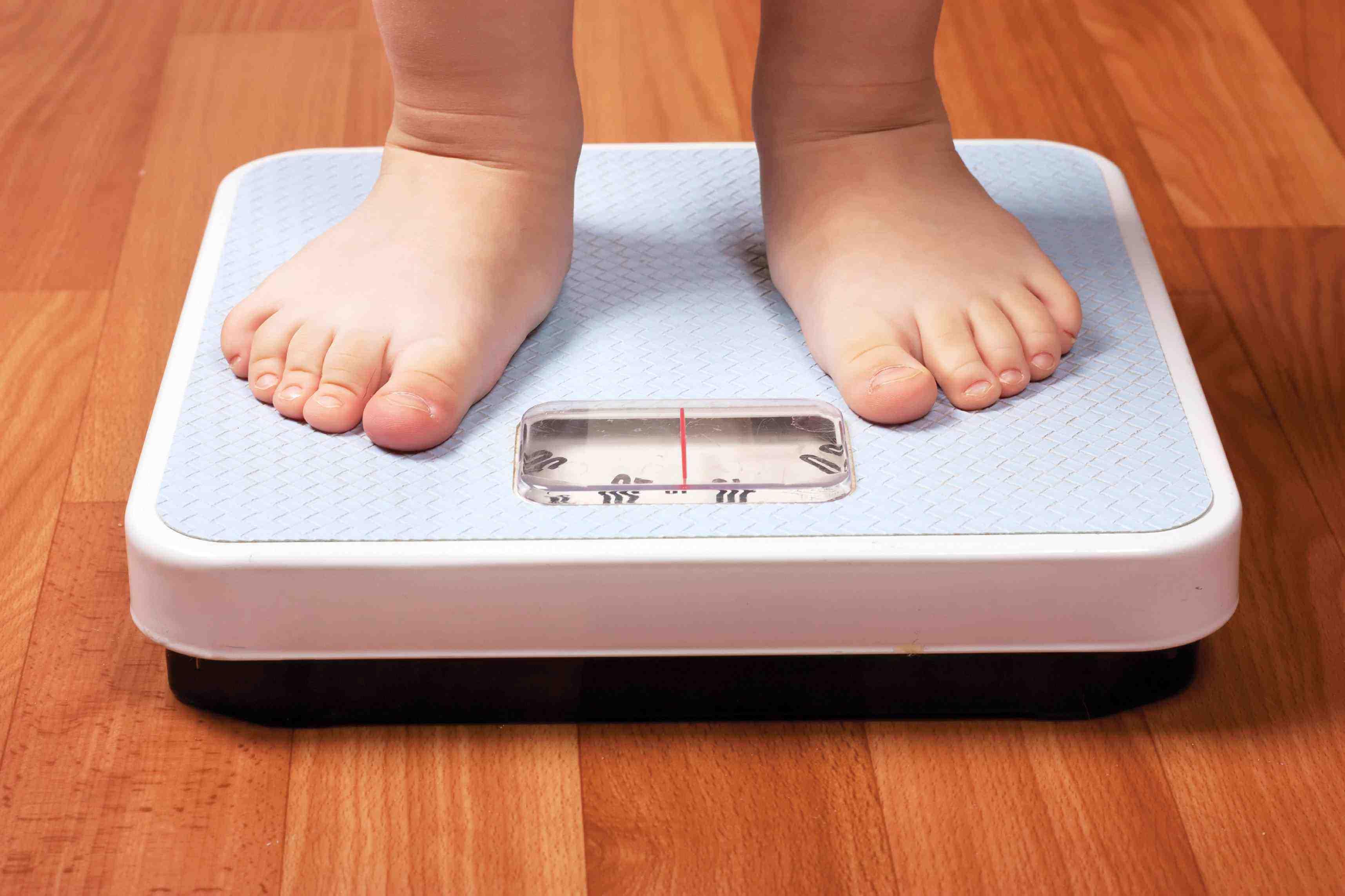 Tiene 5 años, pesa 116 kilos y debió ser internado en un hospital de Santa Fe