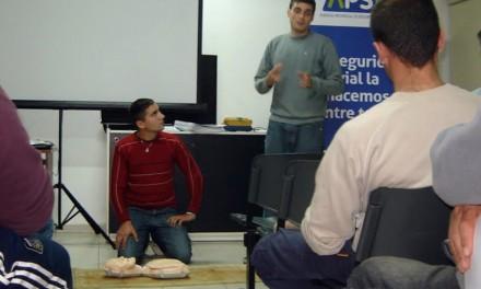 San Lorenzo: capacitan a transportistas para la prevención de la muerte súbita