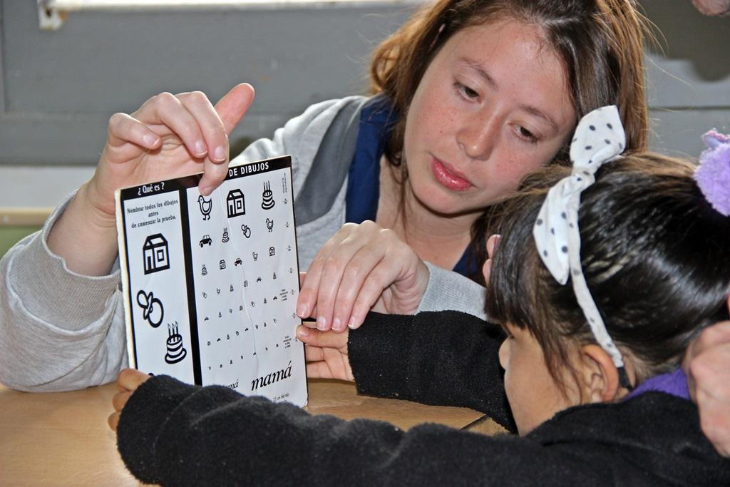 Más de 40 alumnos recibieron control oftalmológico en la escuela de San Lorenzo