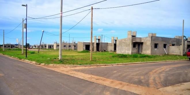 De Grandis confirmó la continuidad del plan habitacional